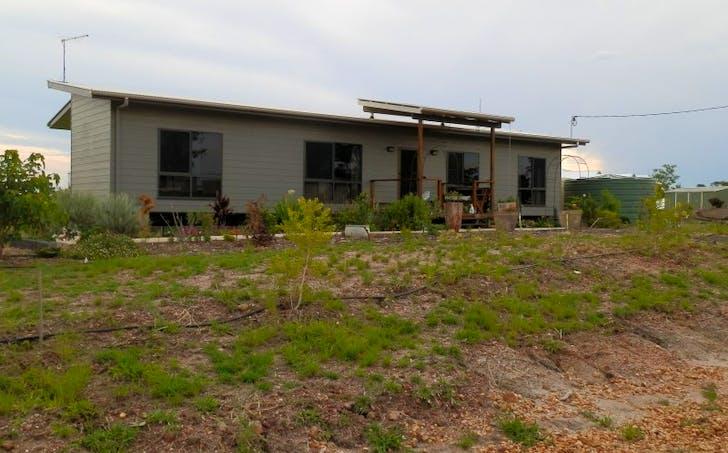 77 Patanga Place, Emerald, QLD, 4720 - Image 1