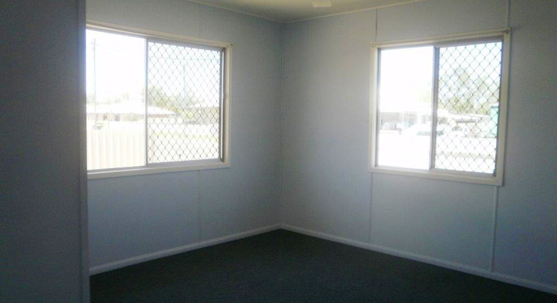 4 Quartz Road, Sapphire, QLD, 4702 - Image 5