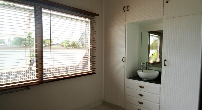 57 Retro Street, Emerald, QLD, 4720 - Image 11