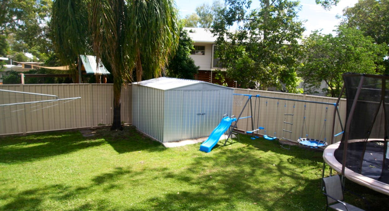5 Michelle Place, Emerald, QLD, 4720 - Image 9