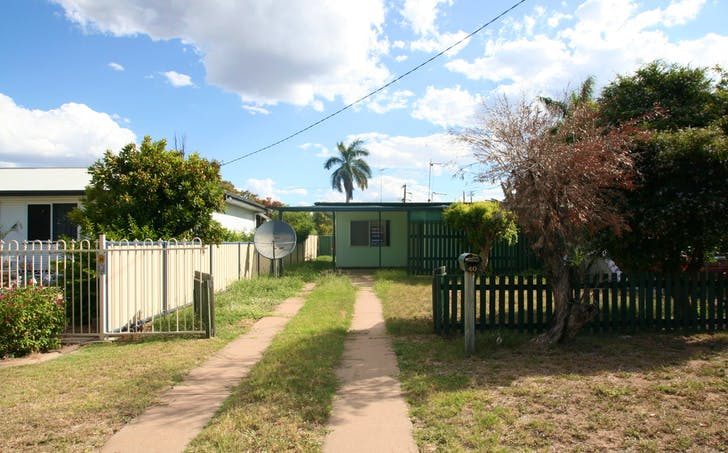 1/40 Old Airport Drive, Emerald, QLD, 4720 - Image 1