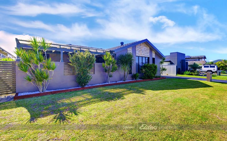 1/12 Carinda Place, Forster, NSW, 2428 - Image 1