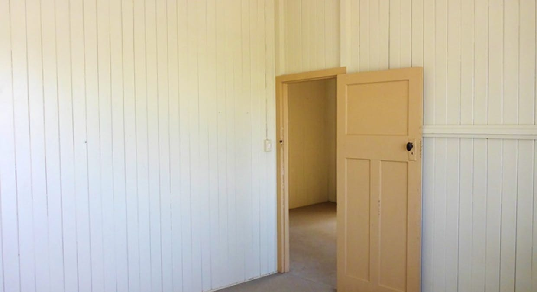 34 Victor Street, Grantham, QLD, 4347 - Image 5