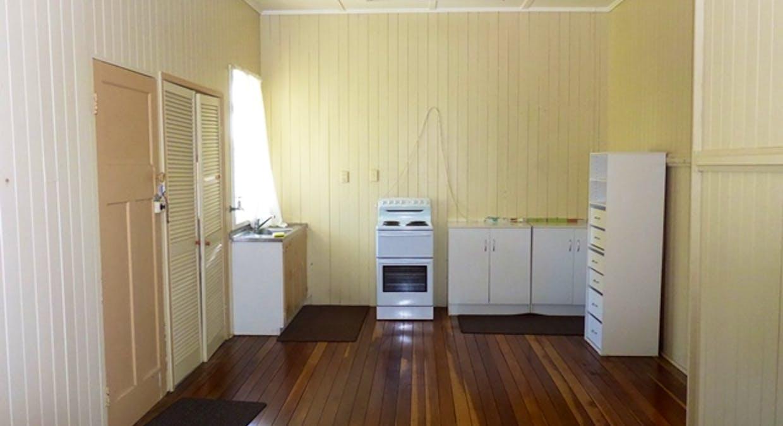 34 Victor Street, Grantham, QLD, 4347 - Image 7