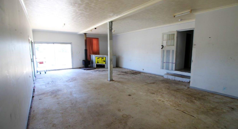 2 Christopher Street, Grantham, QLD, 4347 - Image 5