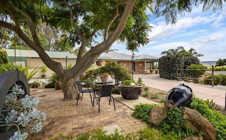 8 Willow Court, Strathalbyn, WA, 6530 - Image 1