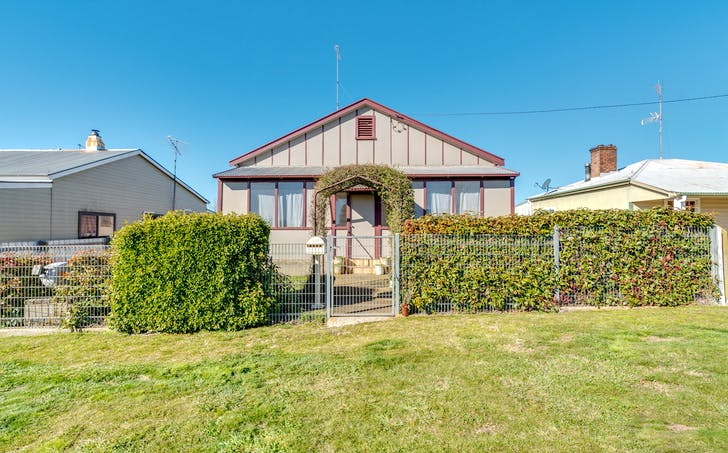 17 Orchard Street, Taralga, NSW, 2580 - Image 1