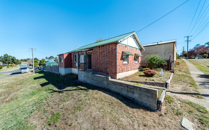 18 Addison Street, Goulburn, NSW, 2580 - Image 1