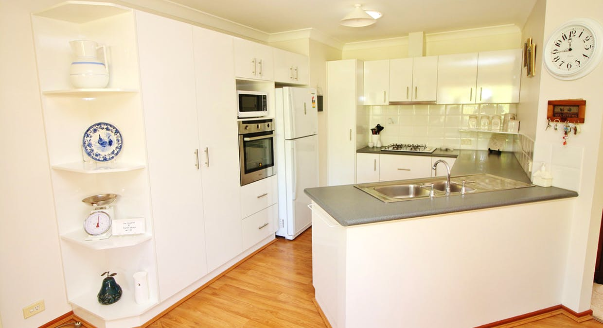 24 School Street, Hanwood, NSW, 2680 - Image 1