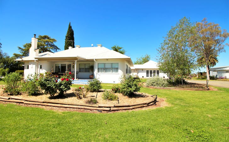 11 Chequers Road, Tharbogang, NSW, 2680 - Image 1
