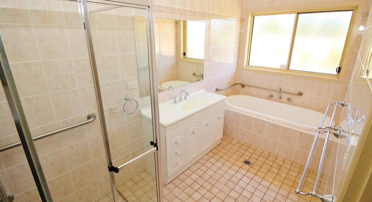 25 Little Road, Griffith, NSW, 2680 - Image 9