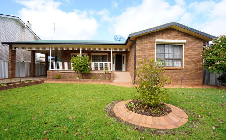 11 Coonong Street, Griffith, NSW, 2680 - Image 1