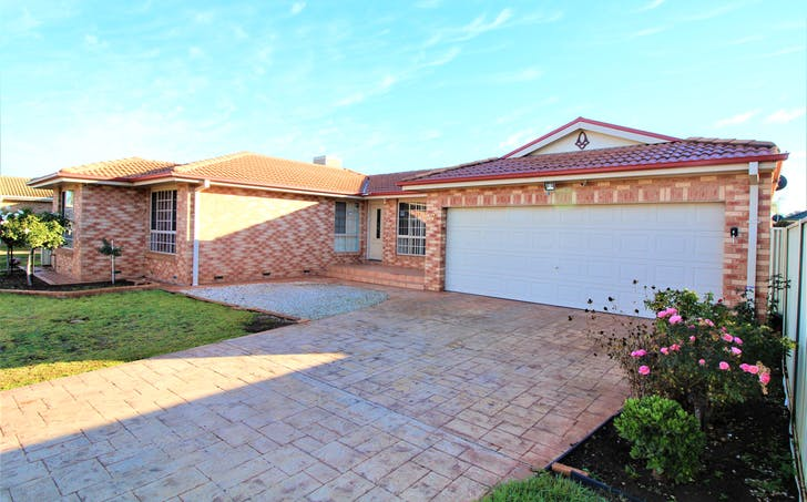 7 Wyvern Crescent, Griffith, NSW, 2680 - Image 1
