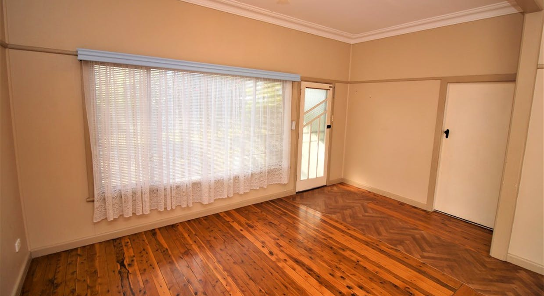 8 Doongara Street, Griffith, NSW, 2680 - Image 2