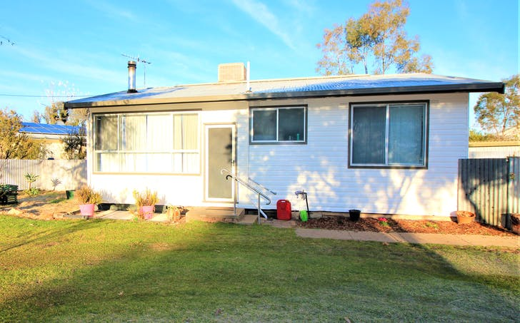 1 Corbett Street, Darlington Point, NSW, 2706 - Image 1