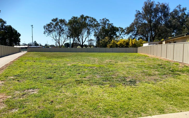 33 Pech Avenue, Jindera, NSW, 2642 - Image 1