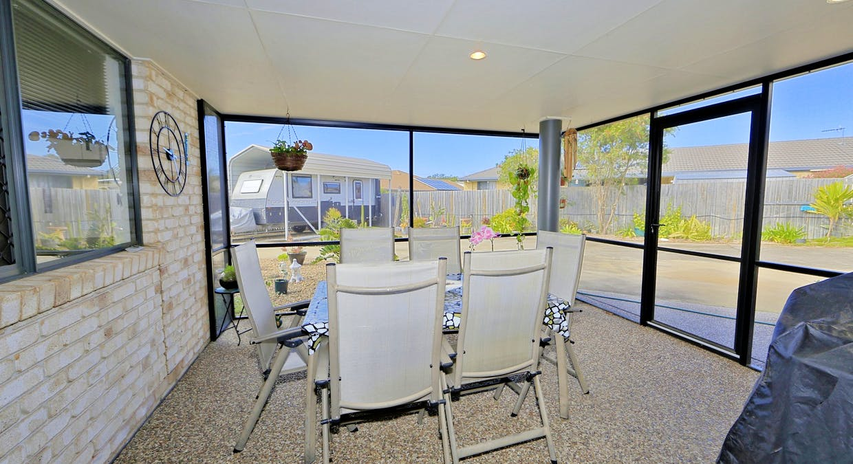 6 Mcintyre Court, Urraween, QLD, 4655 - Image 2