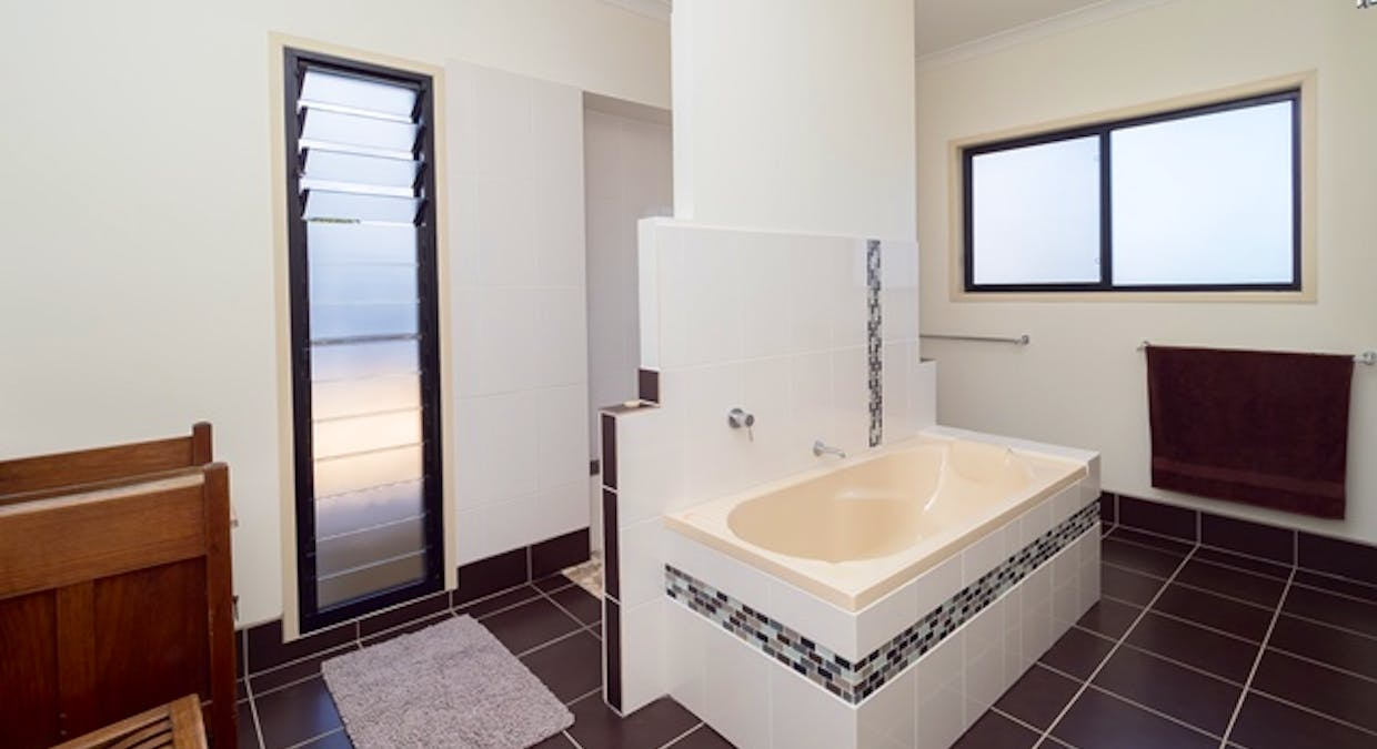 5 Blue Water Drive, Booral, QLD, 4655 - Image 16