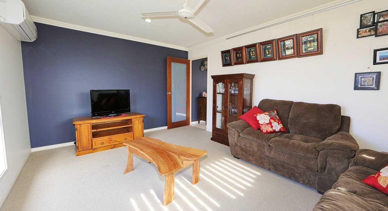 6 Mcintyre Court, Urraween, QLD, 4655 - Image 10