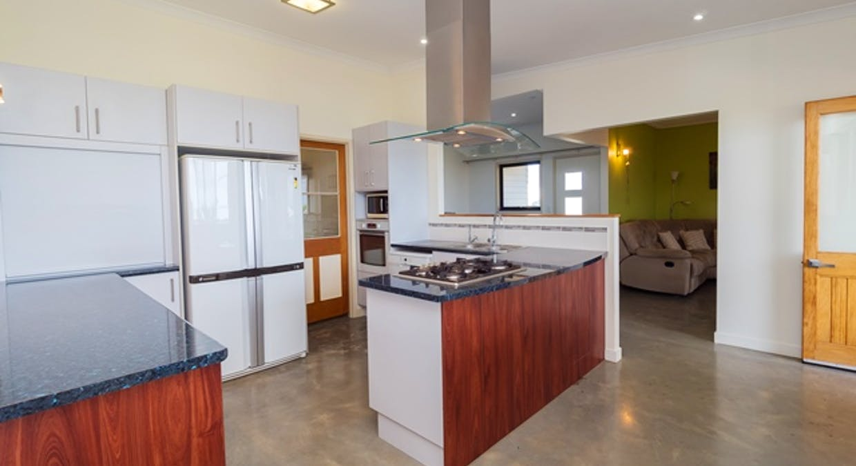 5 Blue Water Drive, Booral, QLD, 4655 - Image 6