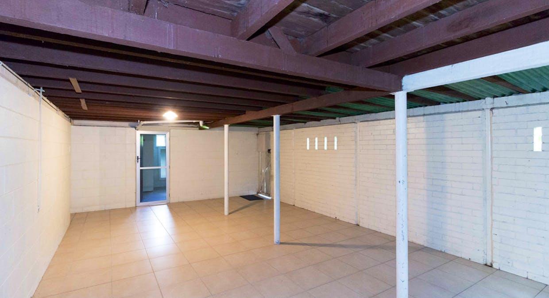 16 Long Street, Point Vernon, QLD, 4655 - Image 25