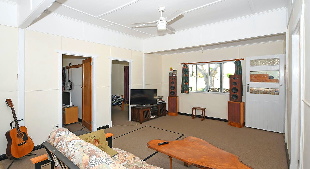 18 Winbirra Way, Scarness, QLD, 4655 - Image 2