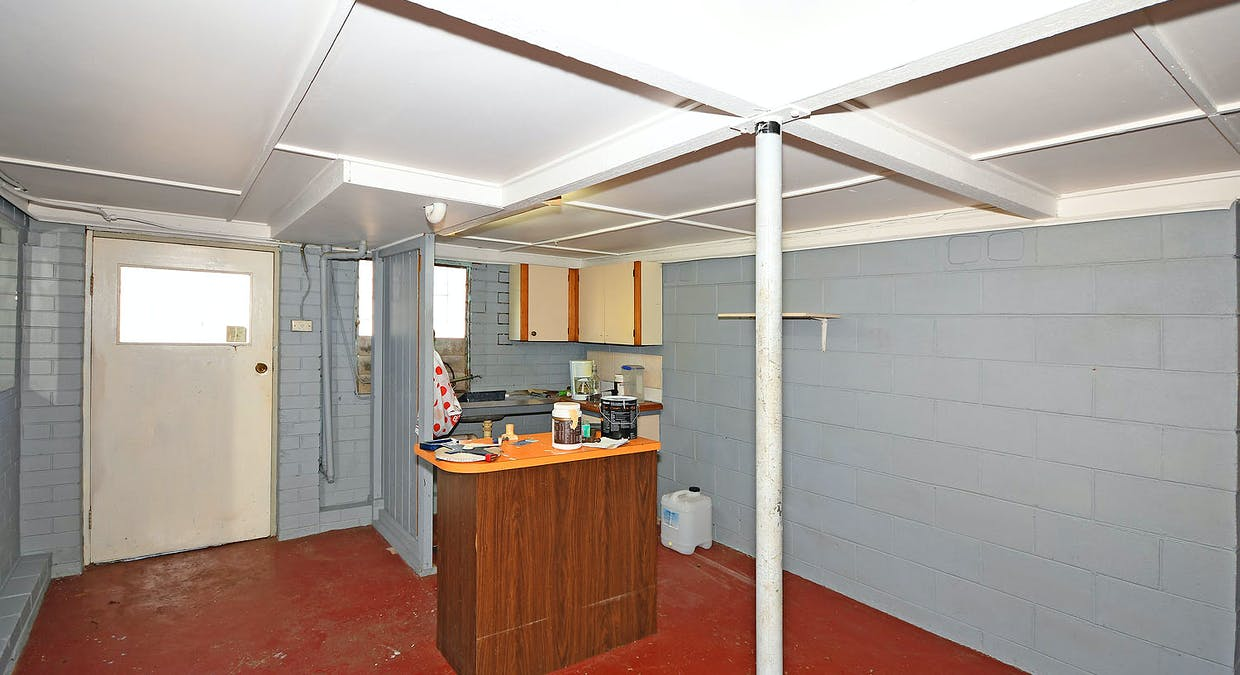 18 Winbirra Way, Scarness, QLD, 4655 - Image 9