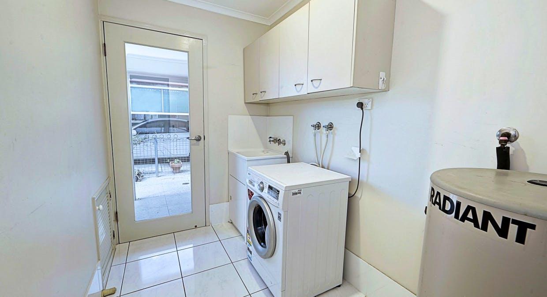 54 Hansen Street, Urangan, QLD, 4655 - Image 15