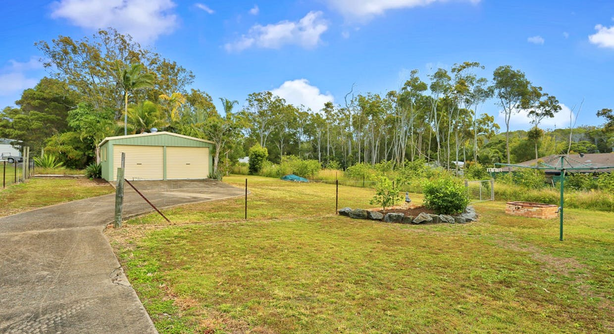 27 Blue Water Road, Booral, QLD, 4655 - Image 18