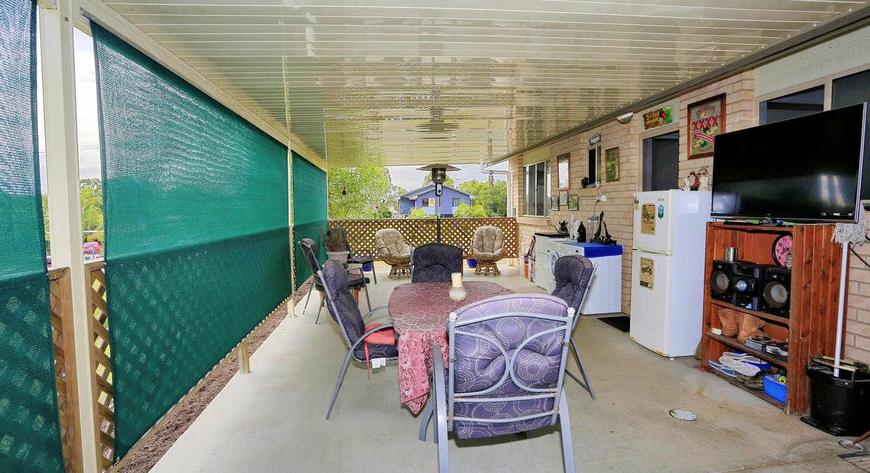 27 Blue Water Road, Booral, QLD, 4655 - Image 13