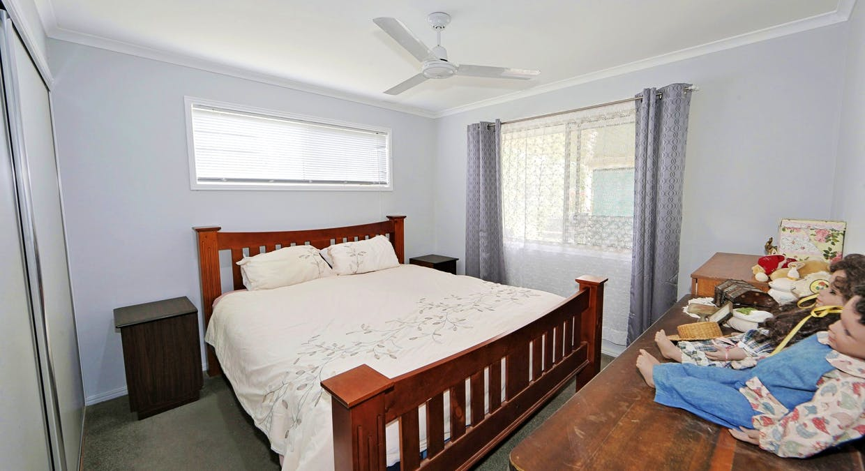 27 Blue Water Road, Booral, QLD, 4655 - Image 11
