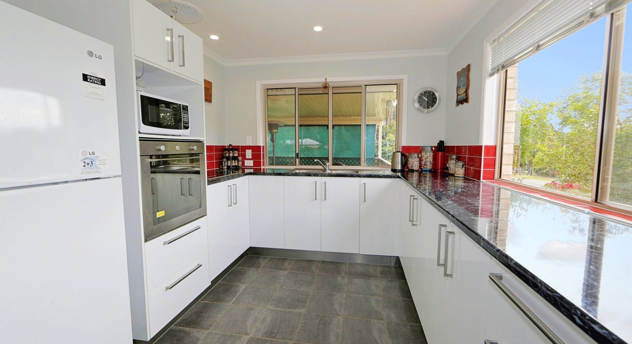 27 Blue Water Road, Booral, QLD, 4655 - Image 3