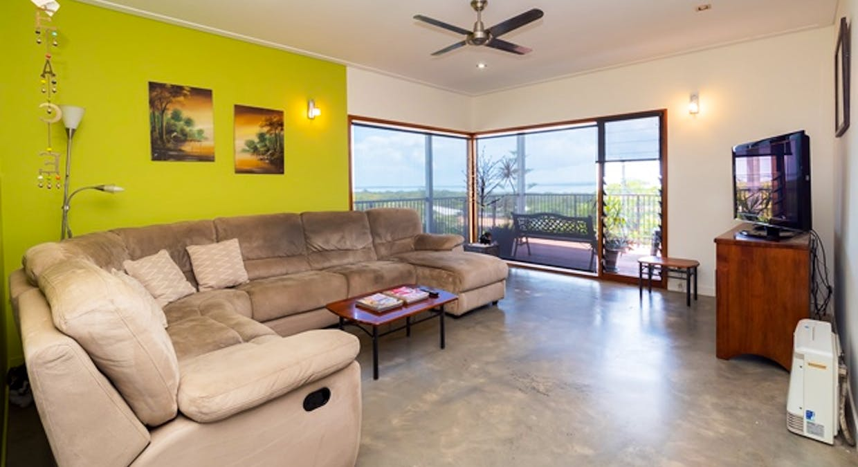 2/5 Blue Water Drive, Booral, QLD, 4655 - Image 7
