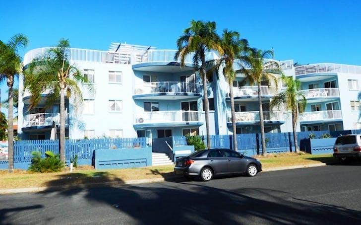 8/458 Esplanade, Torquay, QLD, 4655 - Image 1