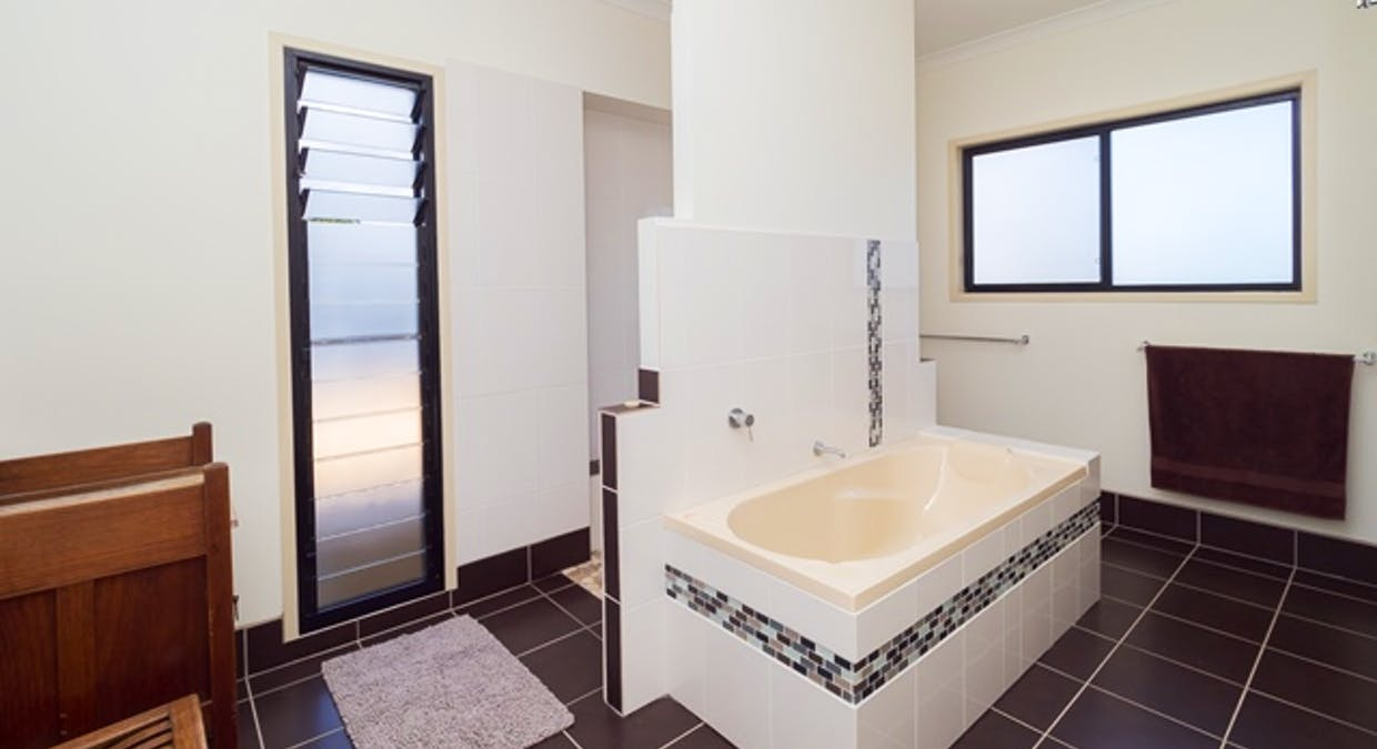 2/5 Blue Water Drive, Booral, QLD, 4655 - Image 14
