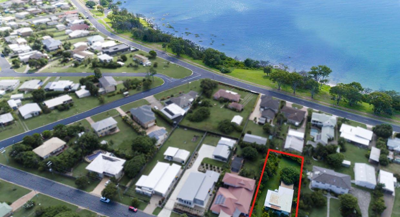 16 Long Street, Point Vernon, QLD, 4655 - Image 1