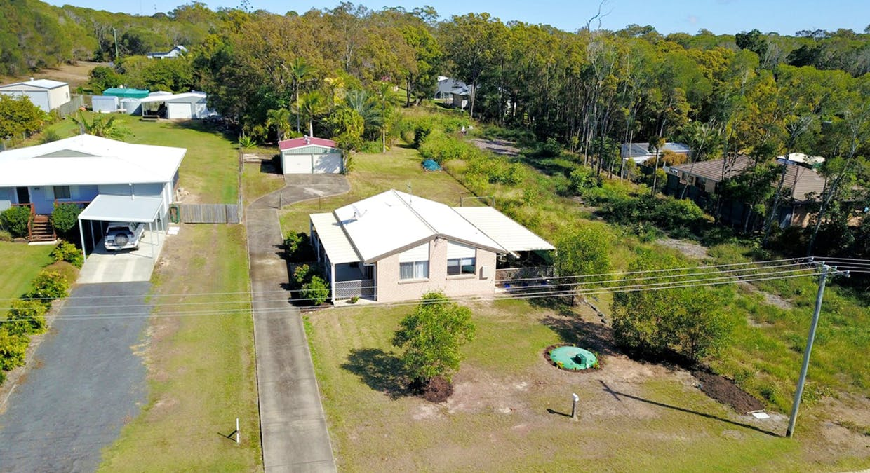 27 Blue Water Road, Booral, QLD, 4655 - Image 21
