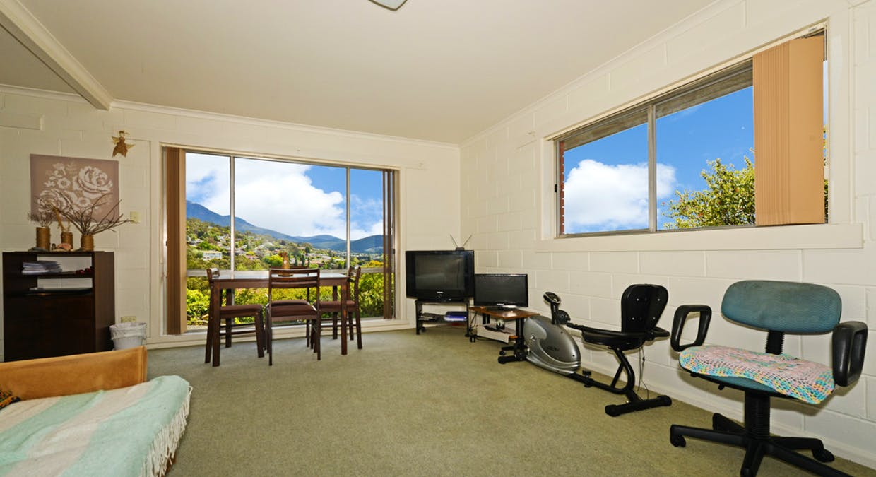 1 and 2 /6 Dalkeith Court, Sandy Bay, TAS, 7005 - Image 9