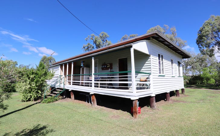 8 Pitt Road, Laidley Heights, QLD, 4341 - Image 1