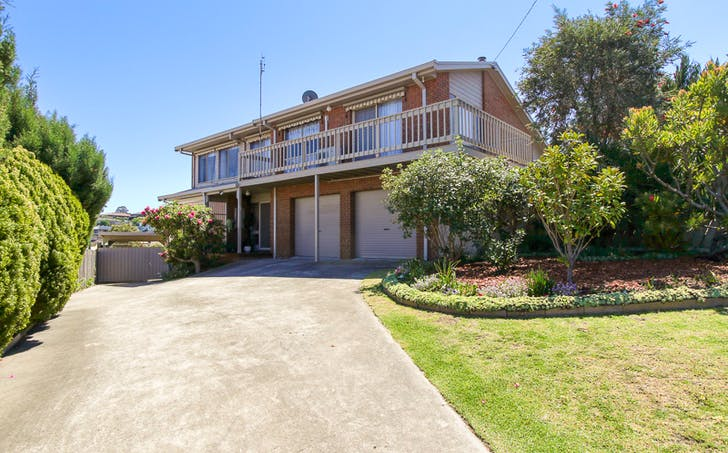 14 Uplands Avenue, Lakes Entrance, VIC, 3909 - Image 1
