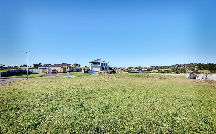 49 Sea Lakes Close, Lakes Entrance, VIC, 3909 - Image 1