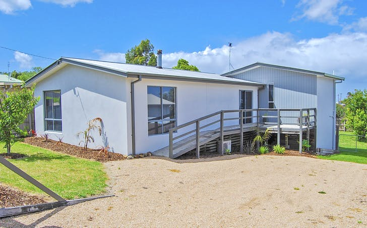 43 Capes Road, Lakes Entrance, VIC, 3909 - Image 1