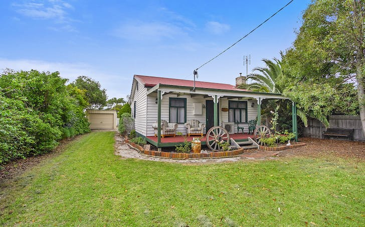 44 Don Road, Lakes Entrance, VIC, 3909 - Image 1