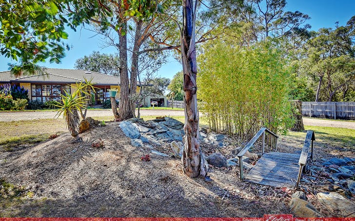 27 Laughtons Road, Kalimna, VIC, 3909 - Image 1