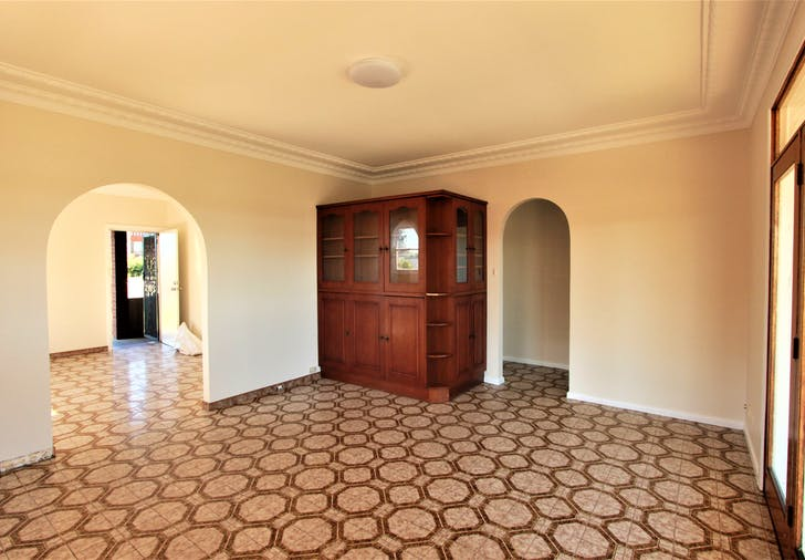 84 Meadows Road, Mount Pritchard, NSW, 2170