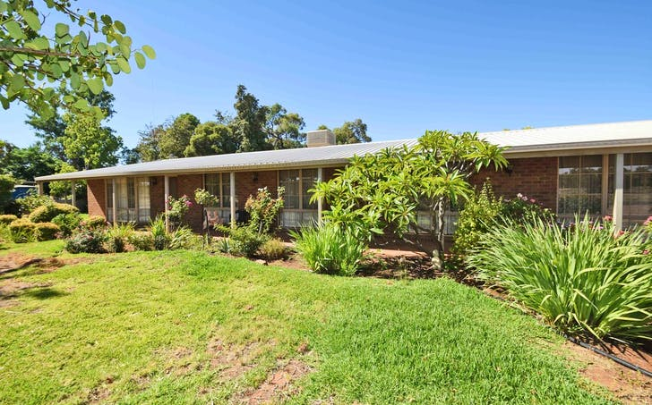 72 Murray Street, Wentworth, NSW, 2648 - Image 1