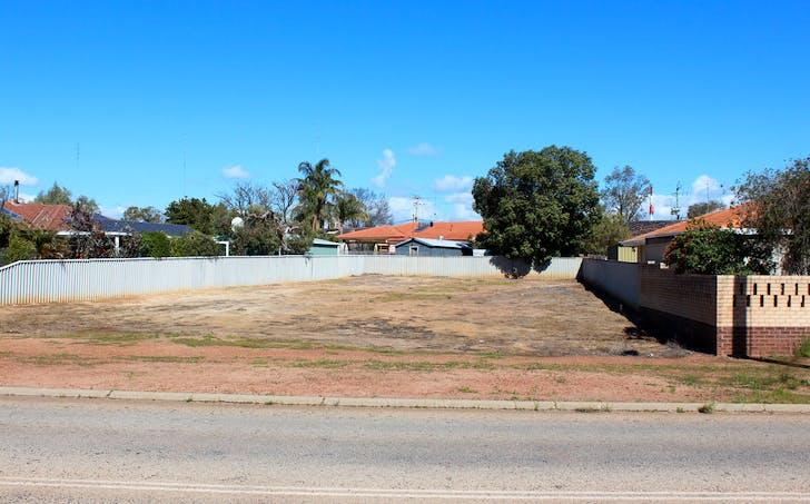 73 Newcastle Rd, Northam, WA, 6401 - Image 1