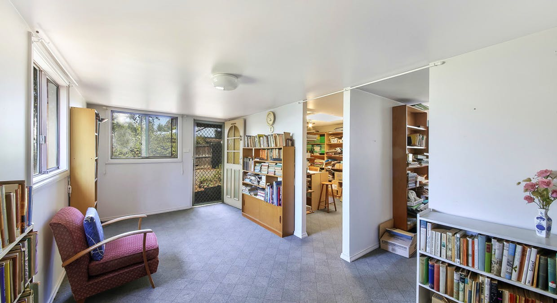 6 Albert Avenue, Thirlmere, NSW, 2572 - Image 15