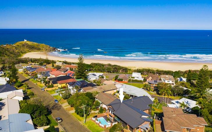 22 Dent Crescent, Port Macquarie, NSW, 2444 - Image 1