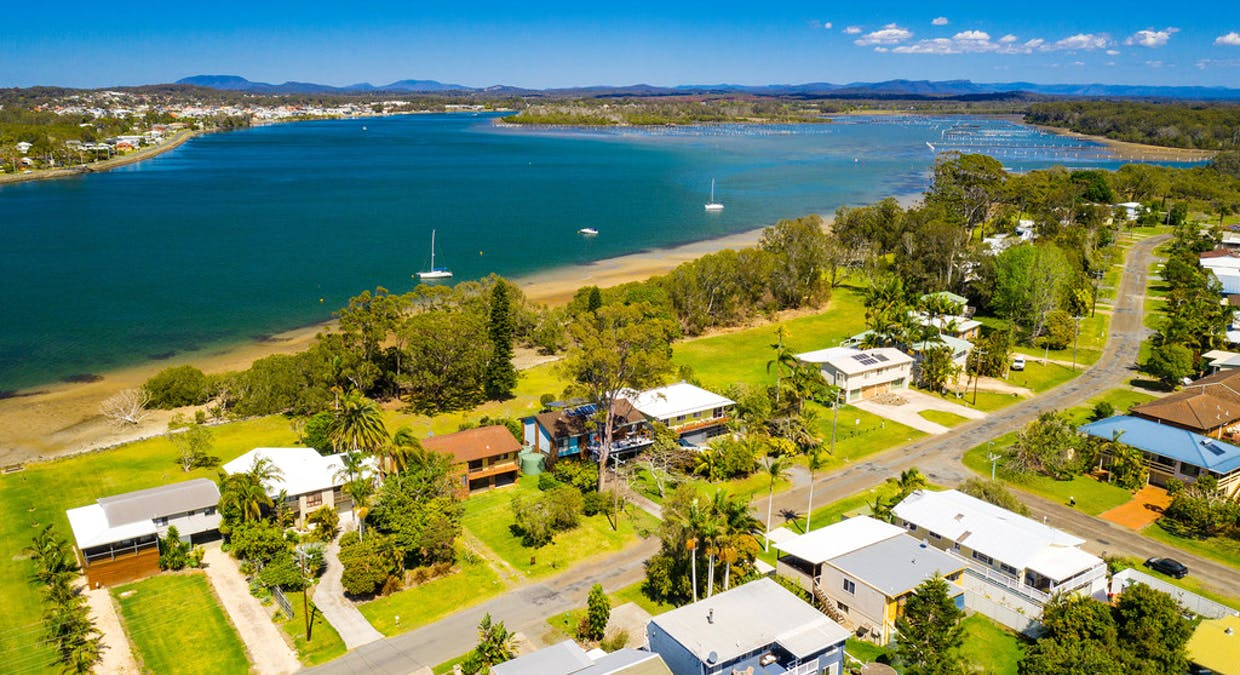 29 Shoreline Drive, Port Macquarie, NSW, 2444 - Image 24